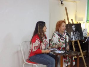 Zulma Prina presentando sus poemas en Festival Autónomo de Autores