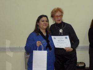 Recibiendo premio Tres de Febrero a Poesía 2017