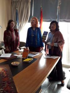 Firma de Acta Fundacional de la Licenciatura en LIJ e Investigación de la AALIJ-AC en Venado Tuerto
